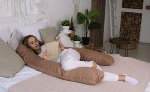 Подушка для беременных U 340 на все тело + Наволочка сатин Молочный шоколад