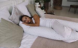 Подушка для беременных на все тело U 280 + Наволочка поплин lux Серебренная звездочка на белом