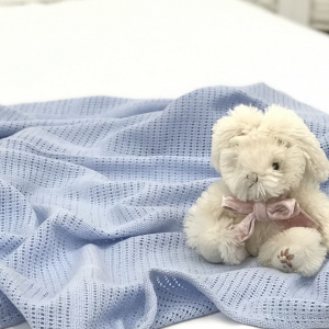 Вязаный плед детскиий
