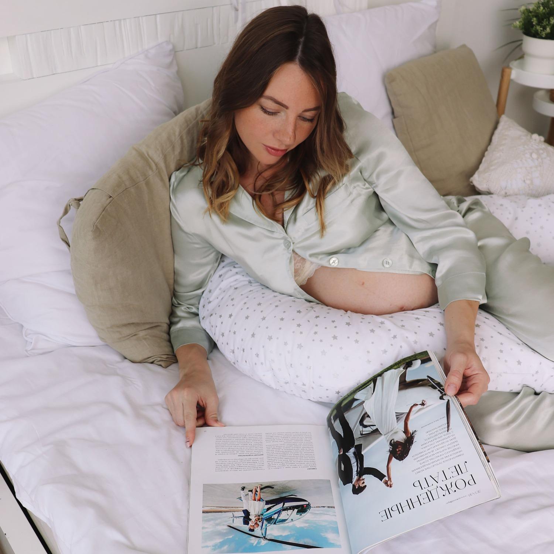 Подушка Mama Relax для беременных U 340 Base + Наволочка поплин lux Серебряная звездочка на белом